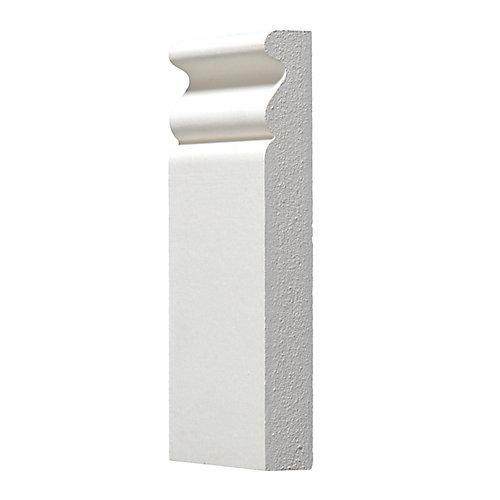 Socle de plinthe apprêté - 3/4 x 3 3/8 x 6 pi