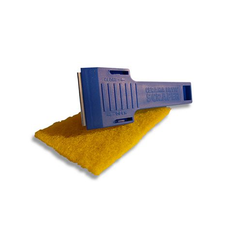 Scraper/Pad Combo in Multi-Purpose Cloths with Scouring Pads