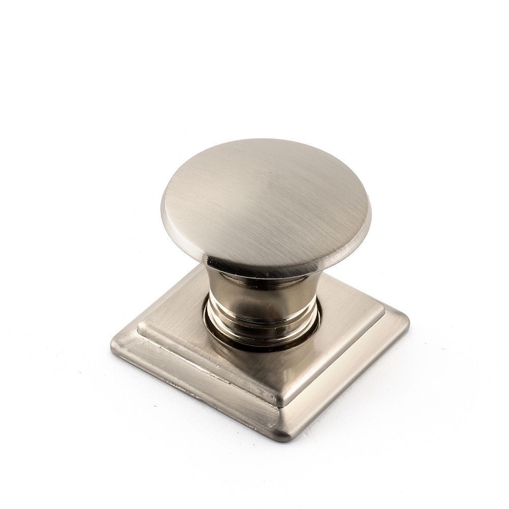 Richelieu Vaudreuil Collection 1 1/4 in (32 mm) x 1 1/4 in (32 mm) Brushed Nickel Traditional Cabinet Knob