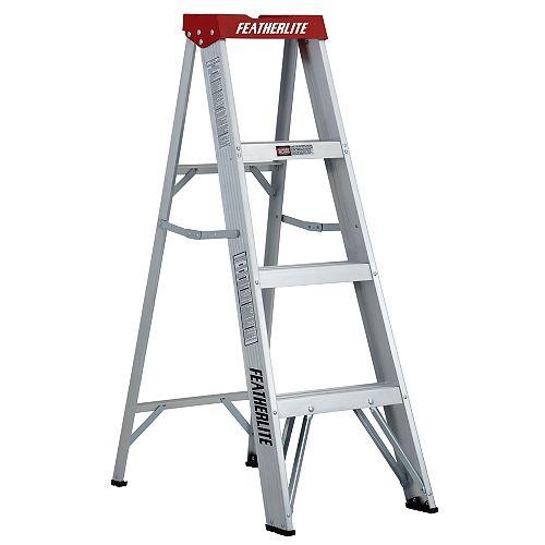 Aluminum step ladder 4 Feet  grade III