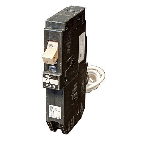 Eaton Type CH Single-pole 15A plug-in ground fault Circuit Breaker