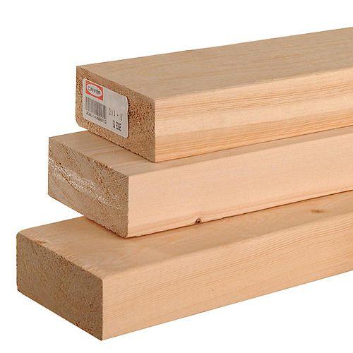 2x4 92 1/4 E.P.S bois de construction