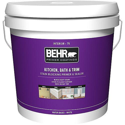 Behr Premium Plus Apprêt, bouche-pores et bloque-taches intérieur pour cuisines, salles de bain et garnitures 75, 7,58 L
