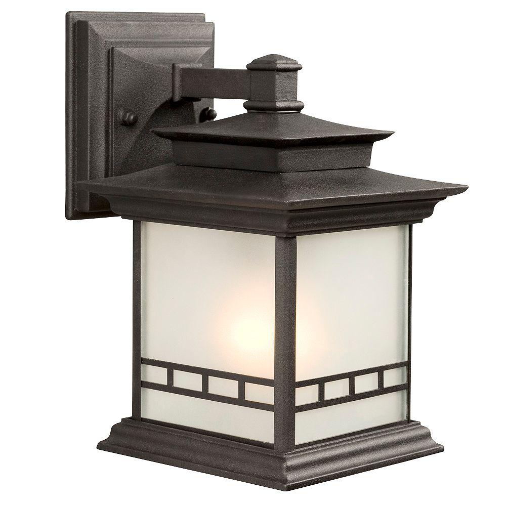 Hampton Bay Applique d'extérieur noire, à une ampoule, 100W, avec diffuseur en verre givré