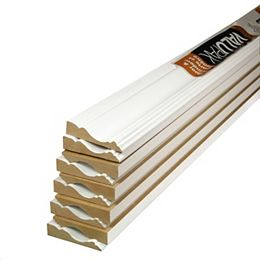 """(10-Pack) ValuPAK - Boîtier en carton fibre de 5/8"""" x 2 1/2"""" x 84"""" avec apprêt MDF colonial"""