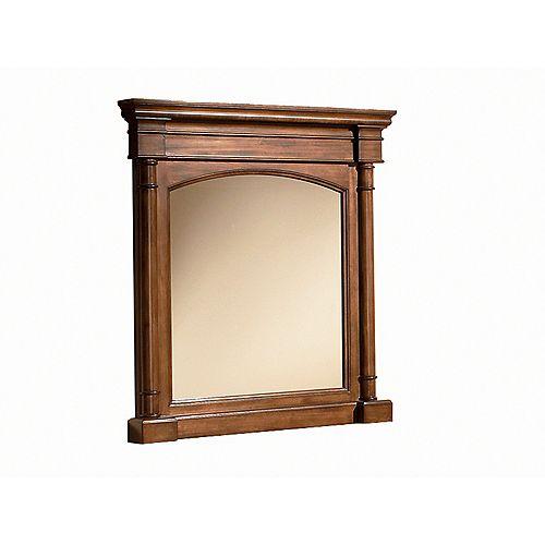 Miroir encadré Wentworth de 33 po x 35 po (noyer)