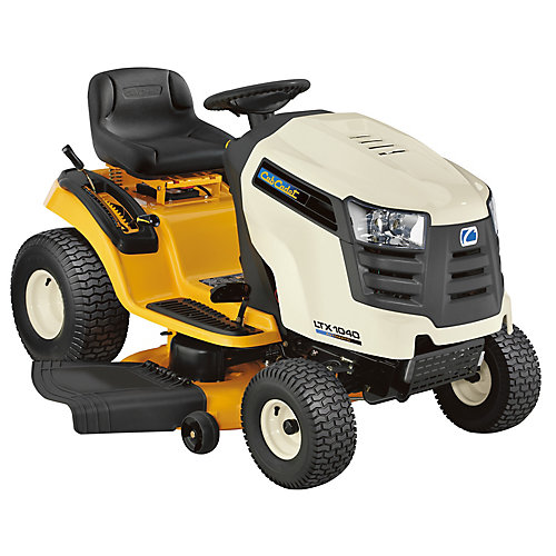 Tracteur Cub Cadet à moteur Kohler de 19 HP à plateau de coupe de 42 po