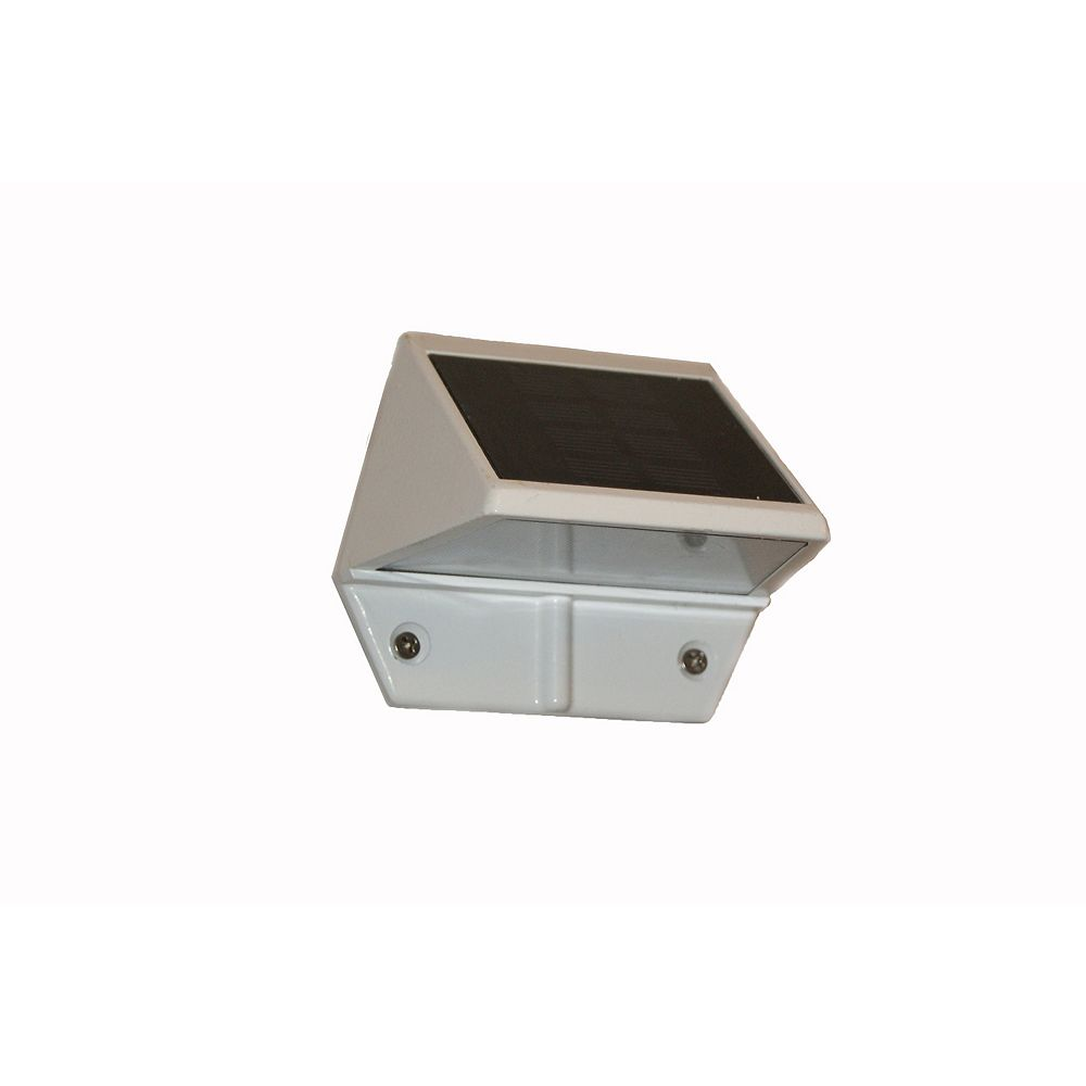 Classy Caps Solar 2-LED Outdoor White Integrated LED Deck and Wall Light
