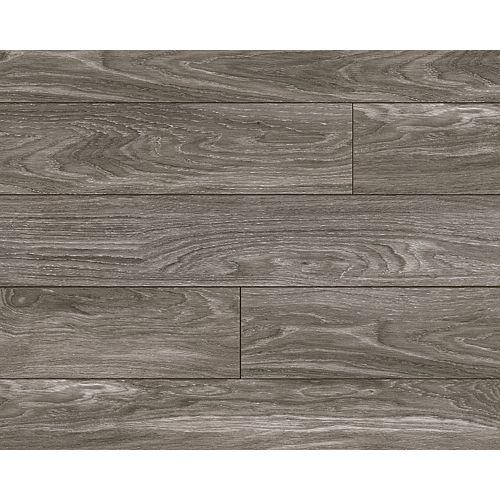 Aberdeen Oak Laminate Flooring (18.31 sq. ft. / case)
