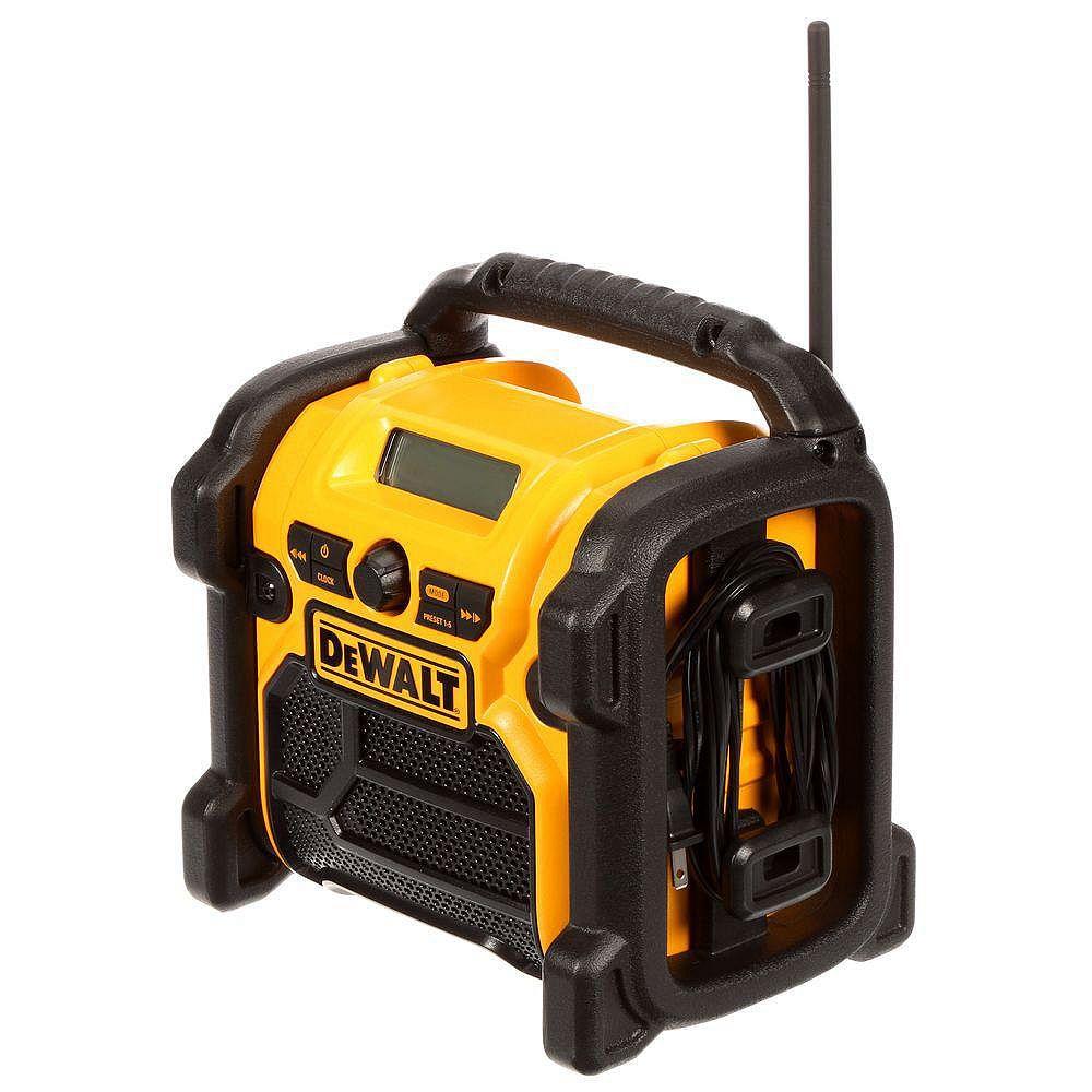 DEWALT 20V MAX Compact Corded / Cordless Worksite Radio
