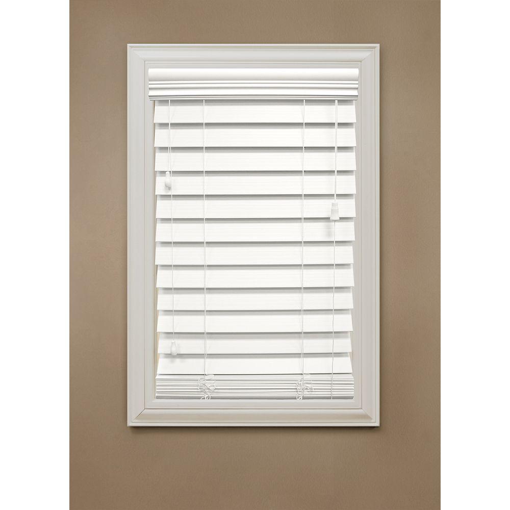 Home Decorators Collection Stores en bois dimitation de 6,35 cm (2.5 po), blanc  137.16 cm x 121.92 cm (54 po x 48 po)