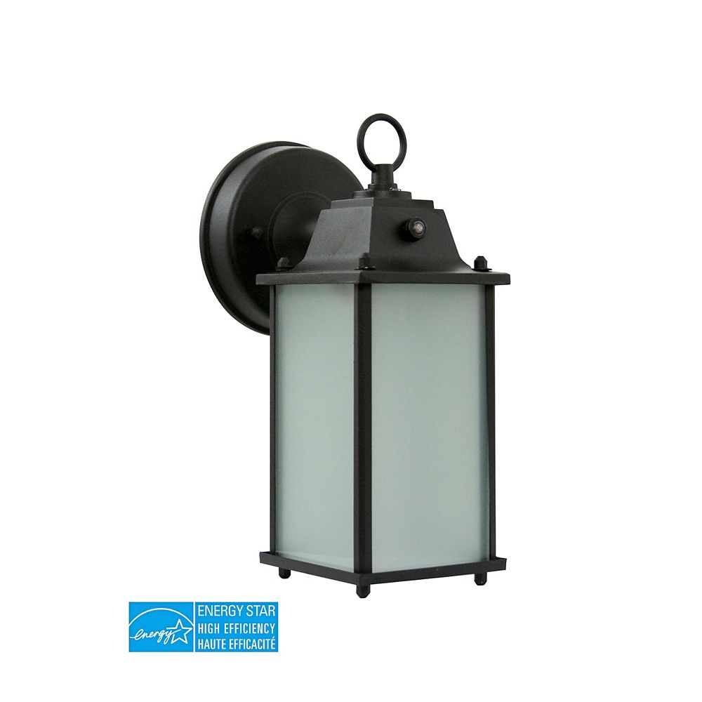 Efficient Lighting Timeless Outdoor Wall Lantern, Die Cast Aluminum in Powder Coated Black Finish