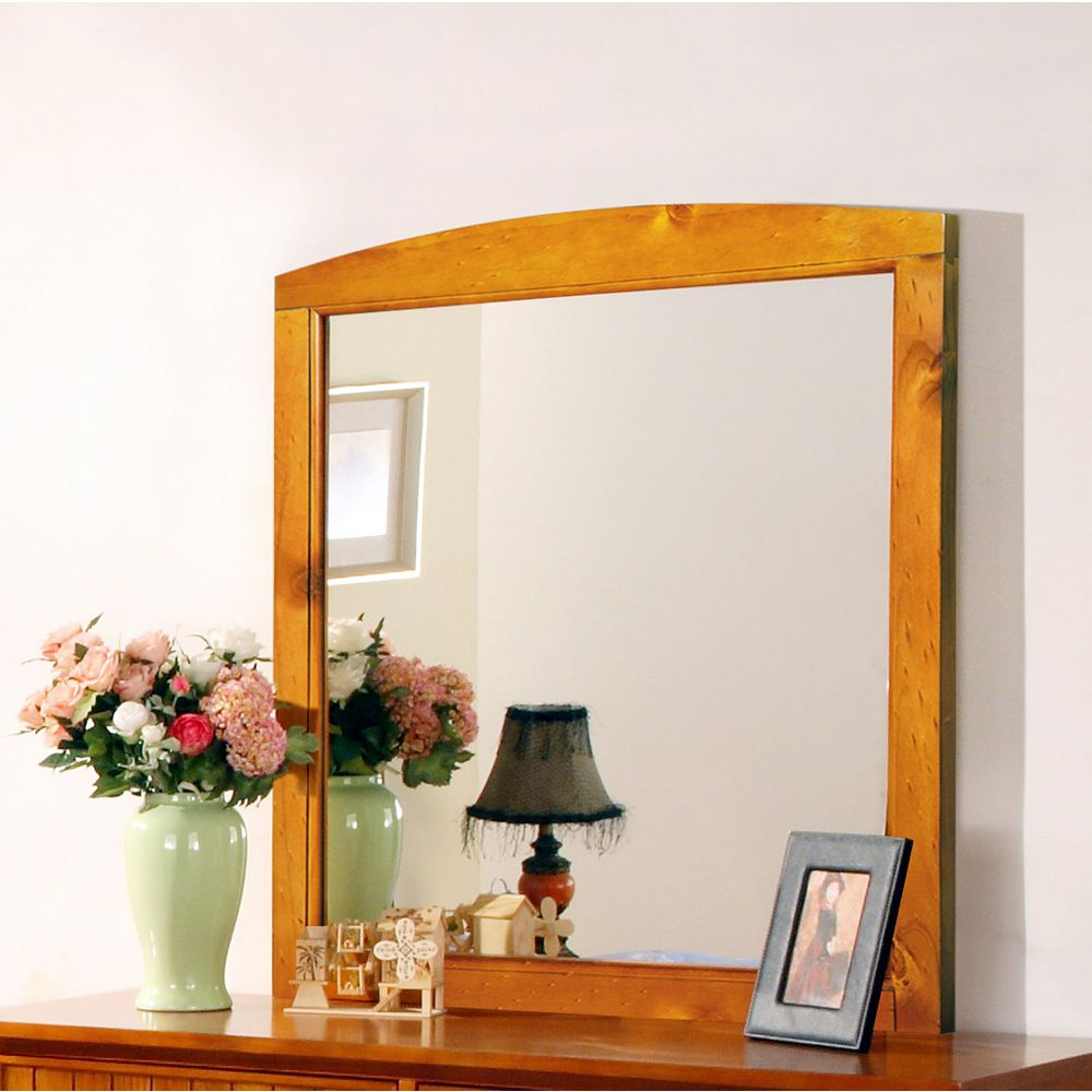 Worldwide Homefurnishings Inc. Cape Cod Mirror