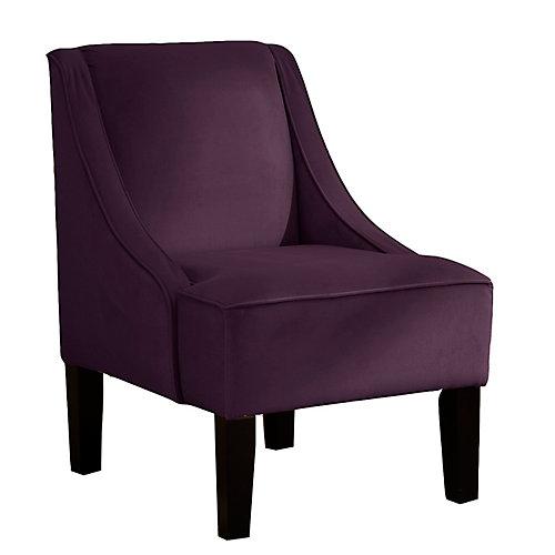Chaise incurvée en velours de ton aubergine