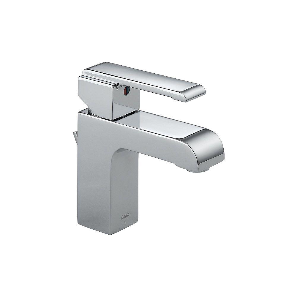 Delta Robinet mitigeur mi-arc de salle de bains Arzo à jeu central en chrome de 10,16 cm (4 po)