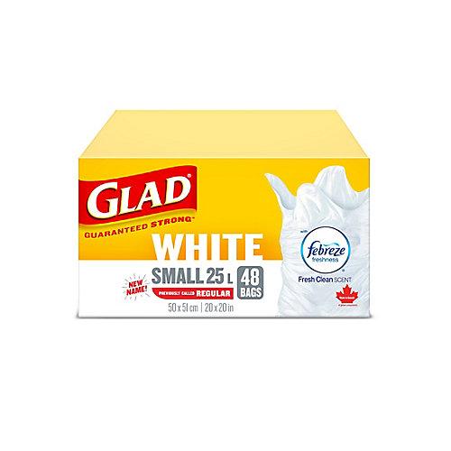 Petits sacs à ordures blancs de avec senteur fraîche et propre de Febreze fraîcheur, boîte de 48 sacs à ordures de 25 L