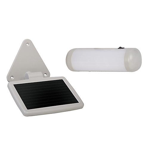 Lampe solaire pour remise extérieure
