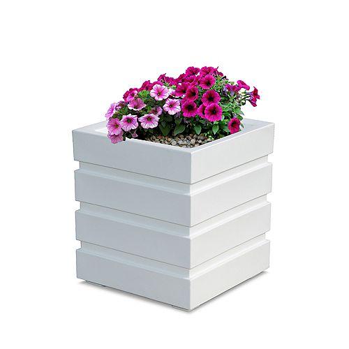 Mayne Freeport 18-inch x 18-inch Patio Planter in White