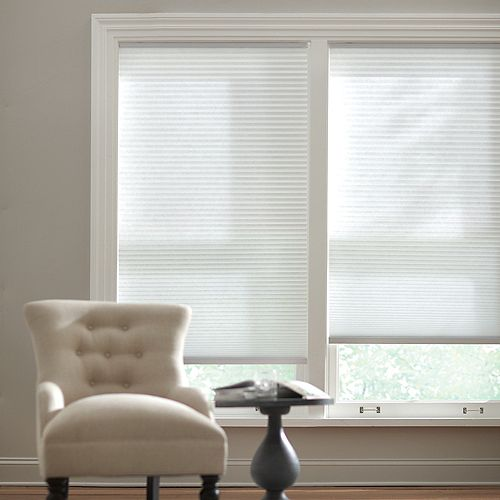 Cordless Light Filtering Cellular Shade Snow Drift 18-inch x 48-inch (Actual width 17.625-inch)