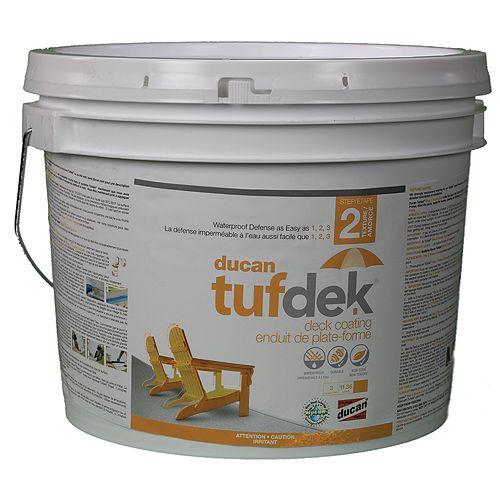 Tufdek Étape 2. La seconde étape dans le système Tufdek qui fournit une surface en caoutchouc souple et antidérapant