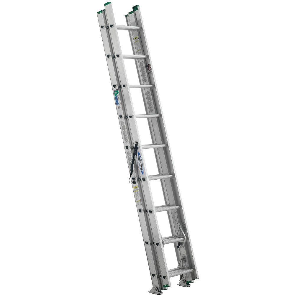 Werner Échelle de 24 pi en aluminium à 3 petites sections pouvant supporter 225 livres. (Catégorie d'usage: Type II)
