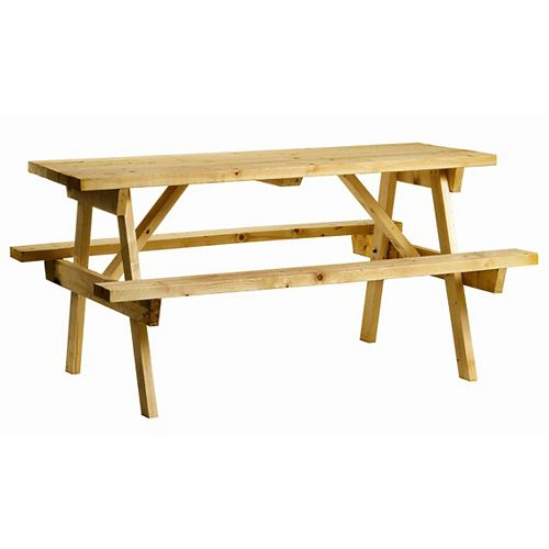 Picnic Table in Solid Pine