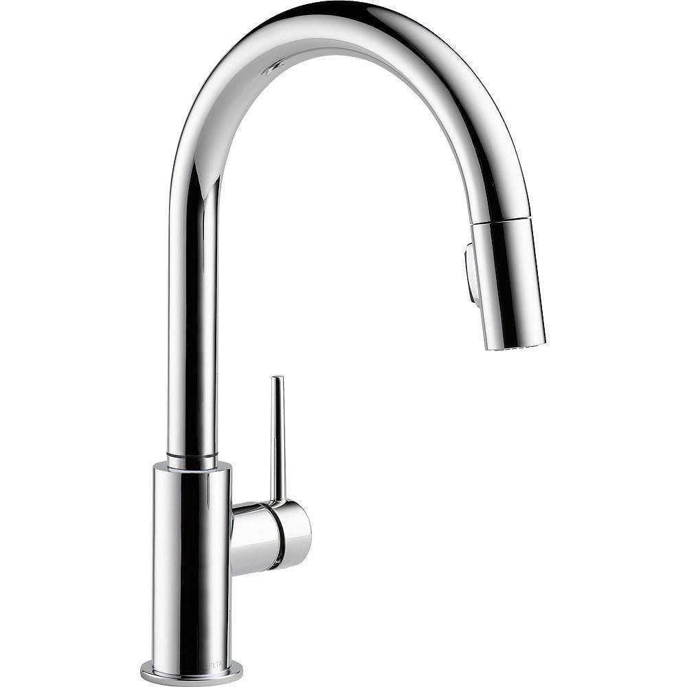Delta Trinsic Single-Handle Pull-Down Sprayer Kitchen Faucet with MagnaTite Docking in Chrome