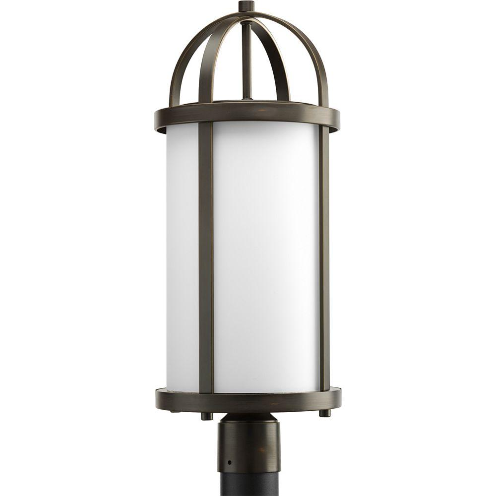 Progress Lighting Lampadaire à 1 Lumière, Collection Greetings - fini Bronze à l'Ancienne