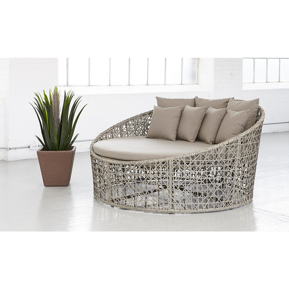 Cd Casual Luna Day Bed