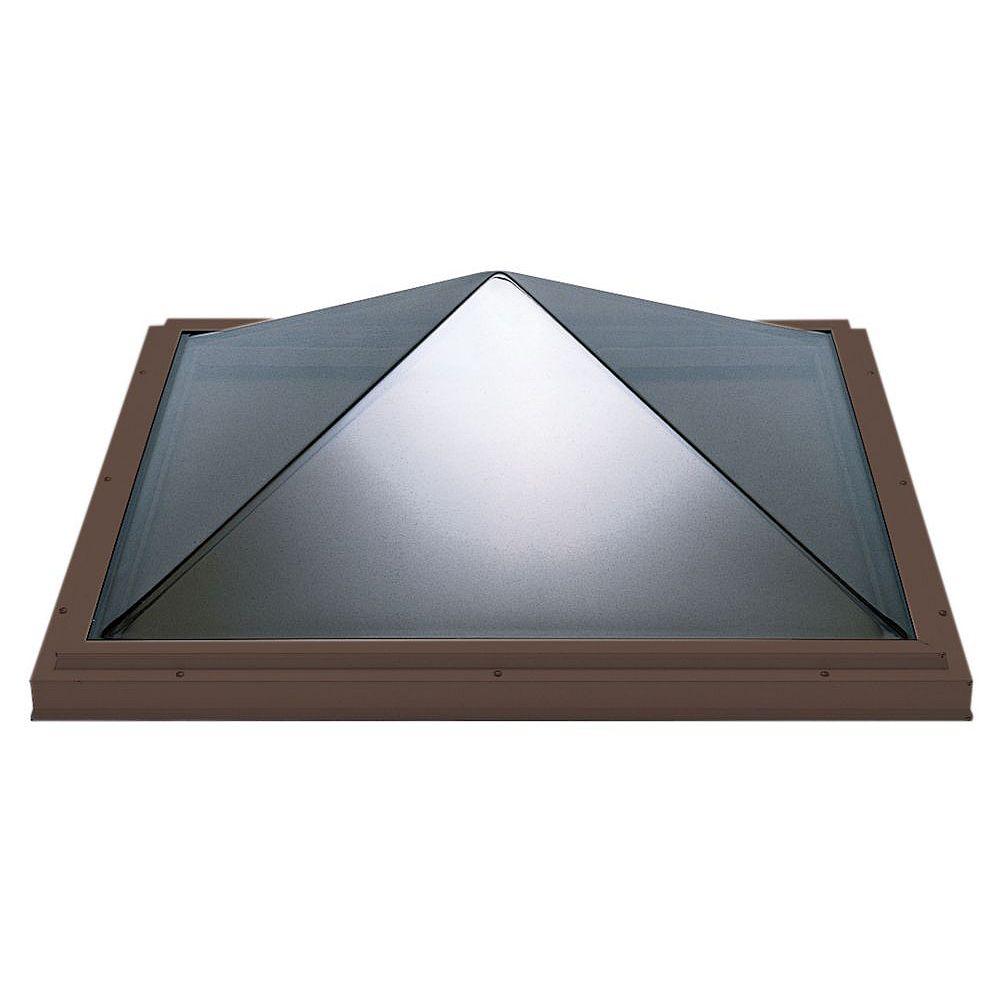 Columbia Skylights Puits de lumière pyramide fixe monté sur cadre 4 pi x 4 pi, acrylique double transparent, cadre brun