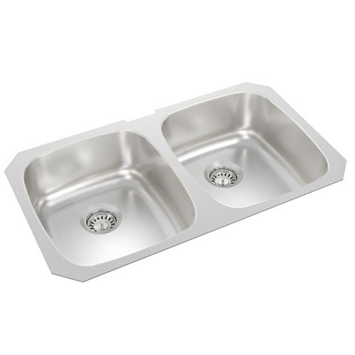 Double Bowl Undermount Sink in Stainless Steel