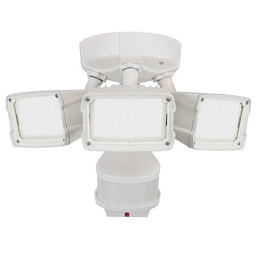 Defiant 270° LED Triple Motion w Doppler Sensor, 2400 Lumens, 5000K, White