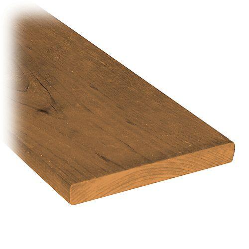 Planche de clôture en bois traité de 1 x 6 x 4 pi