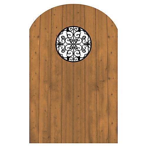 Porte en bois traité avec élément décoratif