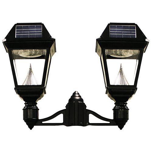 Luminaire solaire à DEL Imperial II à fixation sur un poteau  à 2 lanternes