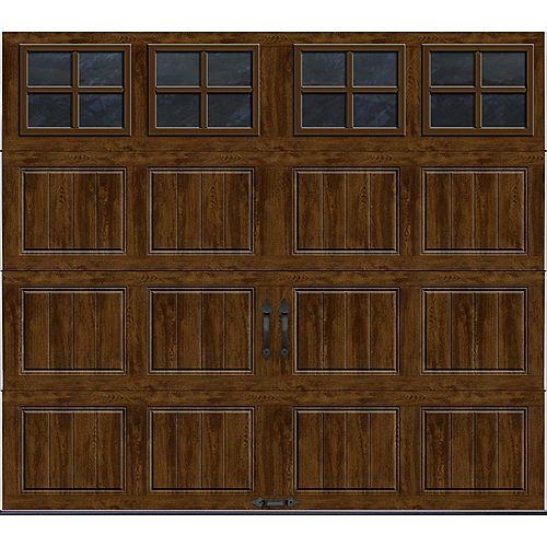 Clopay Porte de garage Collection Gallery 8pi x 7pi Valeur R 18.4 isolée en ployuréthane Intellicore Fini Noyer Fenêtres SQ22