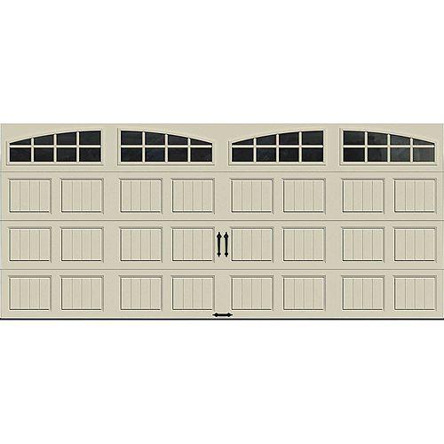 Clopay Porte de garage Collection Gallery 16pi x 7pi Valeur R 6.5 isolée en polystyrène Dune Avec fenêtres Arch