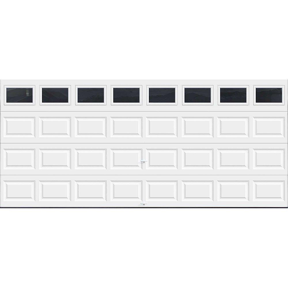 Clopay Porte de garage Série Première 16pi x 7pi Valeur R 18.4 isolée en polyuréthane Intellicore Blanche avec fenêtres unies