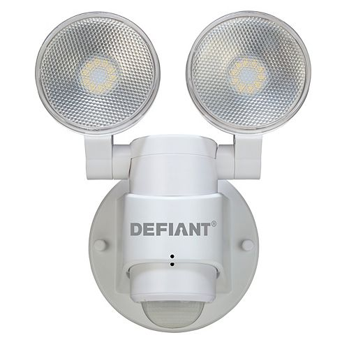 180-Degree 2-Head Outdoor White Motion Activated Flood Light