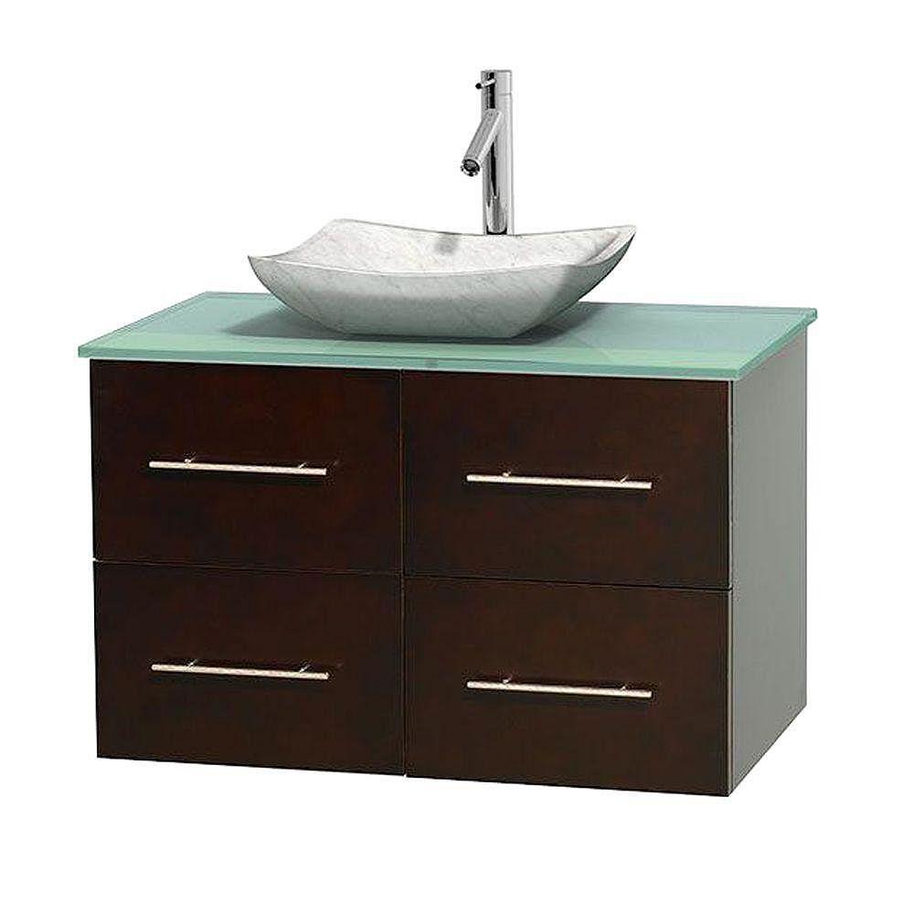 Wyndham Collection Meuble simple Centra 36 po. espresso, comptoir verre vert, lavabo blanc Carrare, sans miroir