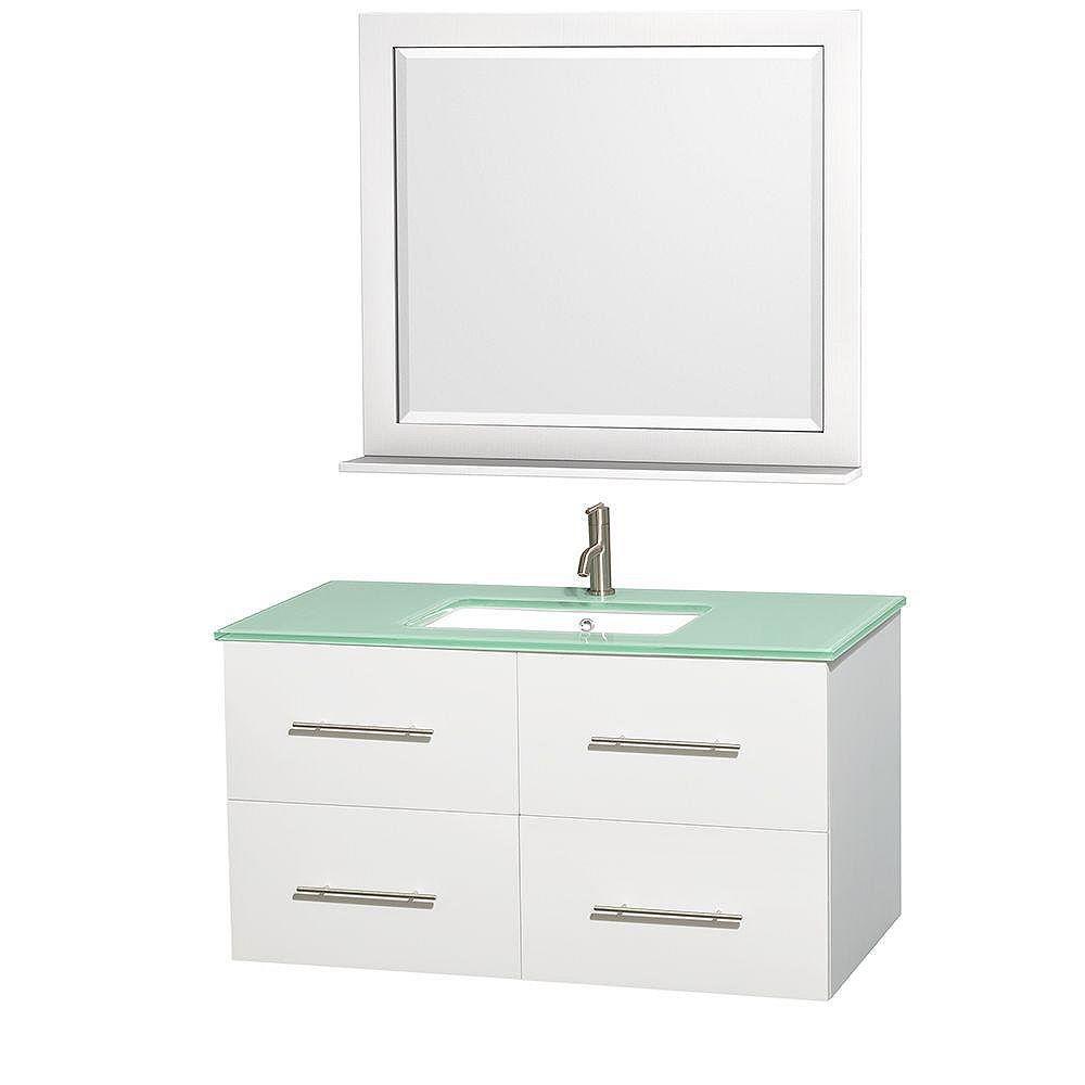 Wyndham Collection Meuble unique Centra 42 po. blanc, comptoir verre vert, lavabo carré, miroir 36 po.