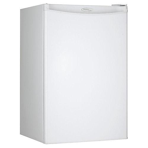 Designer 4.4 cu. ft. Compact Fridge in White - ENERGY STAR®