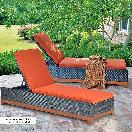 Metropolitan Chaise Lounges