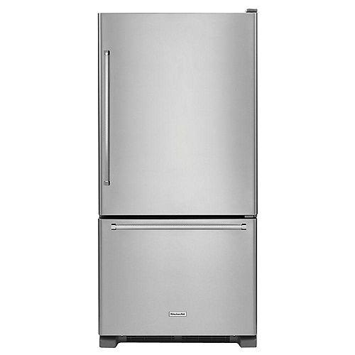 33-inch W 22.1 cu. ft. Bottom Freezer Refrigerator in Stainless Steel - ENERGY STAR®