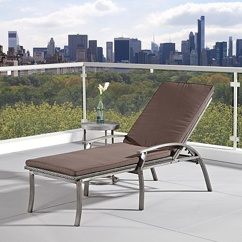 Urban Outdoor Lounge Chair and Accent Table