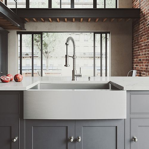 All-in-One 33 inch Bedford Stainless Steel Single Bowl Farmhouse Kitchen Sink with Pull Down Faucet in Stainless Steel