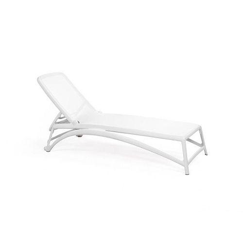Atlántico Chaise Lounge in White
