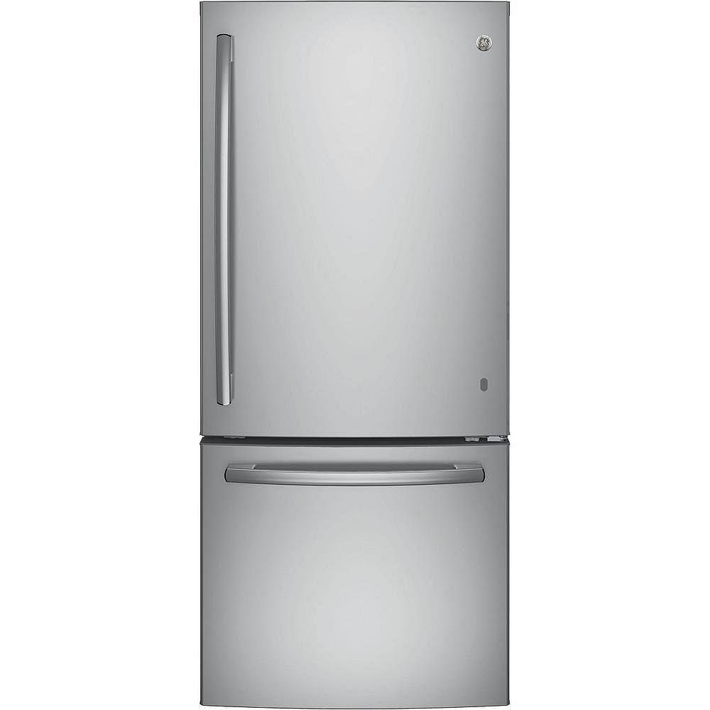 GE 30-inch W 20.9 cu. ft. Standard  Depth Bottom Freezer Refrigerator in Stainless Steel - ENERGY STAR®