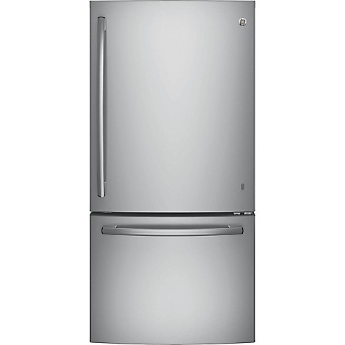 33-inch W 24.9 cu. ft. Bottom Freezer Refrigerator in Stainless Steel - ENERGY STAR®