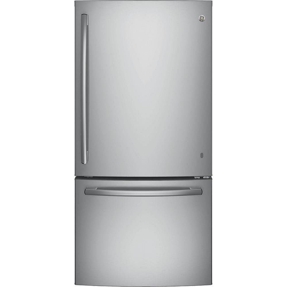 GE 33-inch W 24.9 cu. ft. Bottom Freezer Refrigerator in Stainless Steel - ENERGY STAR®